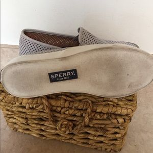 Sperry Shoes - Sperrys Size 6.5 Perforated Pale Gray
